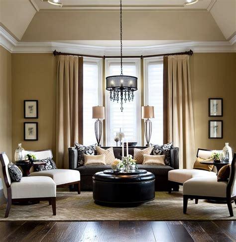 ideen für wohnzimmer wohnzimmer braun lila