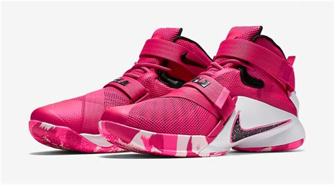 there s another think pink nike lebron coming sole