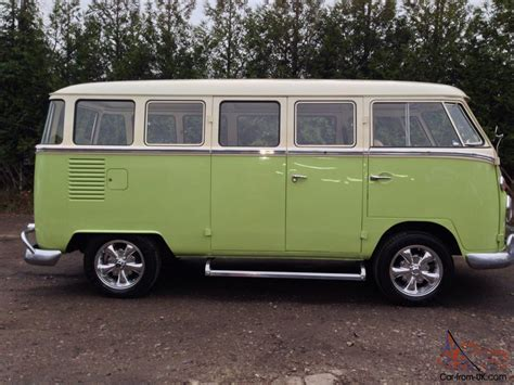 vw splitscreen kombi 8 seater 15 window