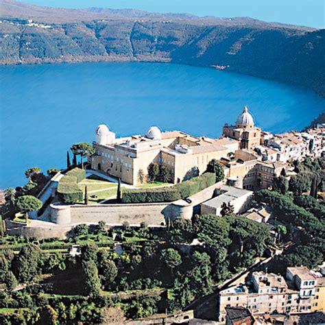 La Lago Castel Gandolfo by Castel Gandolfo I Borghi Pi 249 Belli D Italia