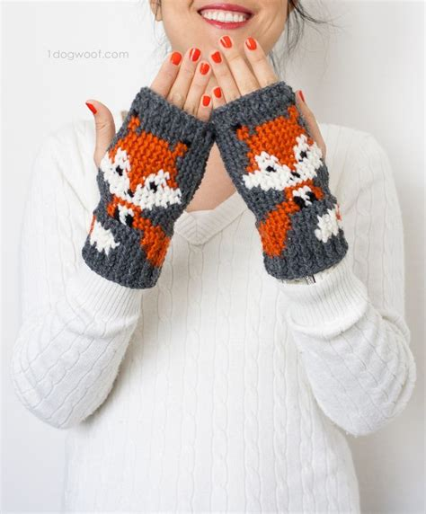 pinterest gloves pattern 153 best images about free crochet wrist warmers mittens