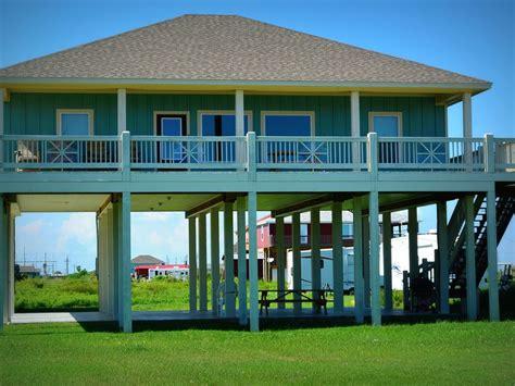 10 bedroom beach vacation rentals 4 catchin rays 4 bedroom 2 bath vacation vrbo