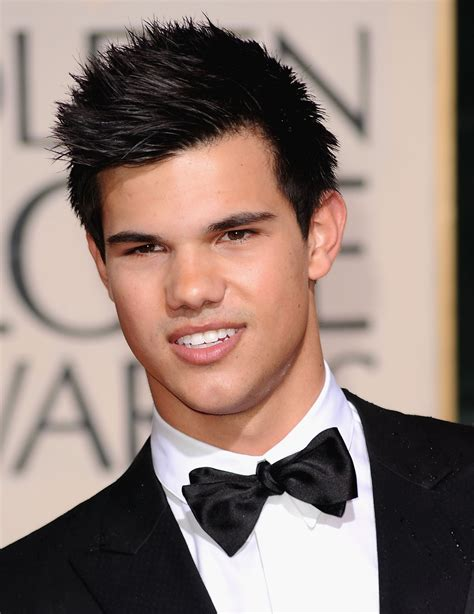 biography taylor lautner hollywood all stars taylor lautner profile bio and pictures