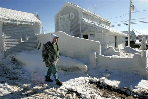 worst snowstorms in history see 11 of the worst winter storms in u s history