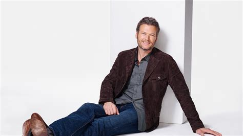 full hd wallpaper blake shelton jeans smile grey haired