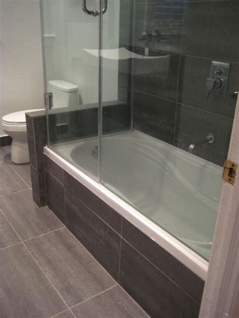 Small Bathroom With Tub And Shower Best Remodel For Tub Shower Enclosure Using Bathtub Shower Combination Including Sliding