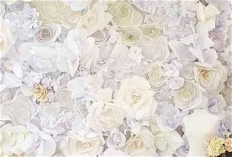 How To Make Paper Flowers For Wall - diy paper flower wall paperblog
