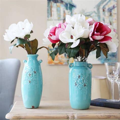 vasi con fiori finti decorazioni fiori finti piante finte decorare con i