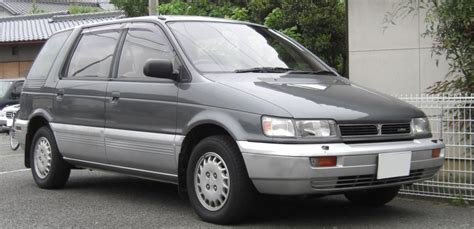 how petrol cars work 1991 mitsubishi chariot auto manual mitsubishi chariot technical specifications and fuel economy