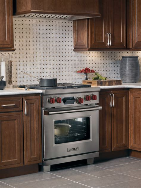30 quot wolf home stoves wolf 30 quot pro style dual fuel range classic stainless df304 gas ranges and electric ranges