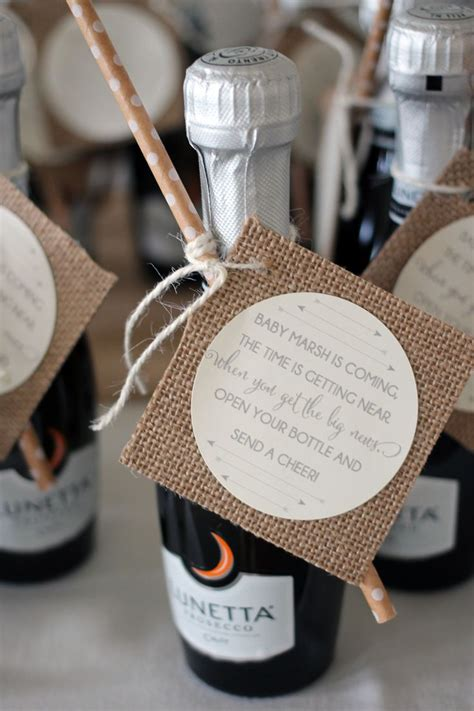 Baby Favors For Shower by Best 25 Baby Shower Giveaways Ideas On Baby