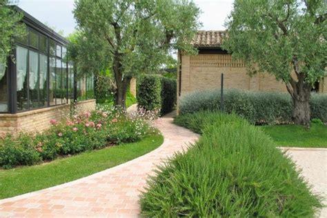 esempi di giardini privati esempi di giardini awesome esempi di muretti a secco con