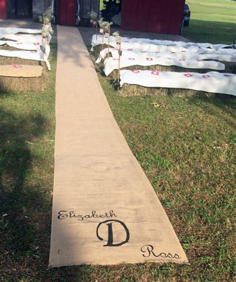 burlap diy wedding aisle runner allfreediyweddings com