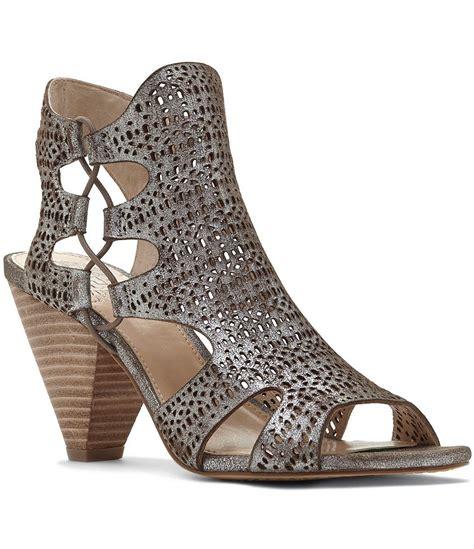 vince sandals vince camuto eadon metallic lasercut suede peep toe
