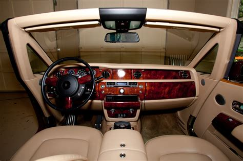 rolls royce ghost red interior t pain s rolls royce phantom drop head celebrity carz