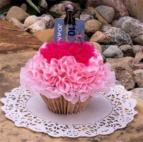 Cupcake Gift Card Holder - 17 best ideas about gift card basket on pinterest silent auction baskets auction