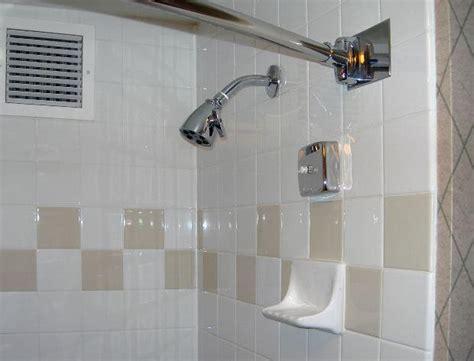 Quando Usar Bathroom Or Restroom Como Limpar Os Azuleijos Do Banheiro Arteblog