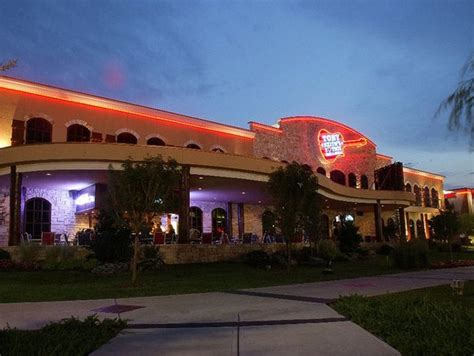 toby keith restaurant norman toby keith gets in on the makeover of the west oaks mall