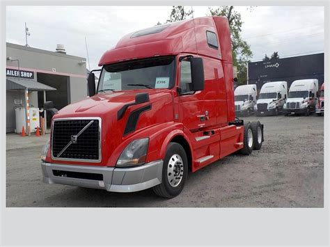2014 volvo semi truck 2014 volvo vnl64t670 sleeper semi truck for sale 411 985