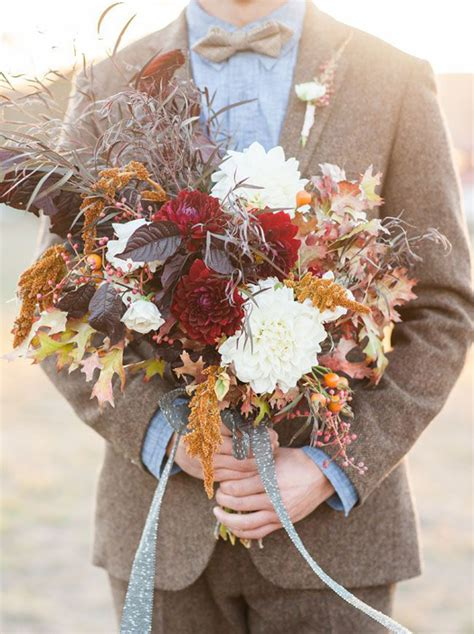 Fall Wedding Bouquets by 10 Stunning Bouquets For Your Fall Wedding Fiftyflowers