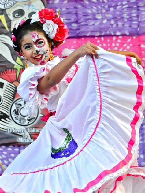 who celebrates s day who celebrates dia de los muertos nat geo education