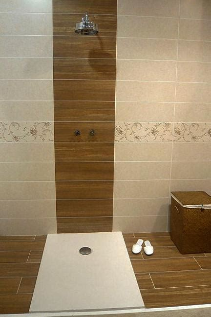 Wall Tile Designs Bathroom by Modern Interior Design Trends In Bathroom Tiles 25