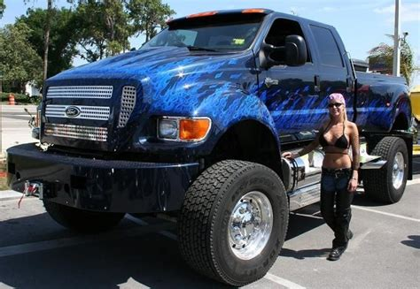 chevy earthroamer ford f650 super truck hd background