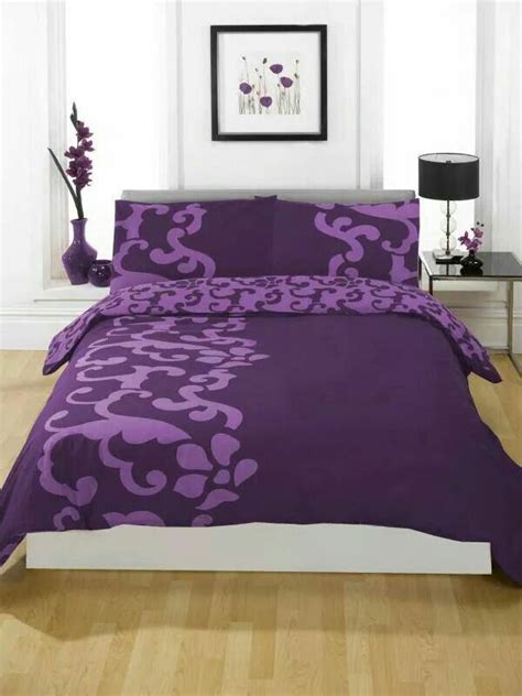 purple bed best 25 purple bedspread ideas on pinterest purple