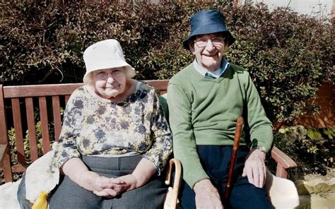 elderly couple       years allowed  stay   care home