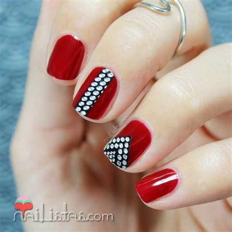 imagenes de uñas decoradas rojo u 241 as rojas decoradas con stickers de pedrer 237 a color show