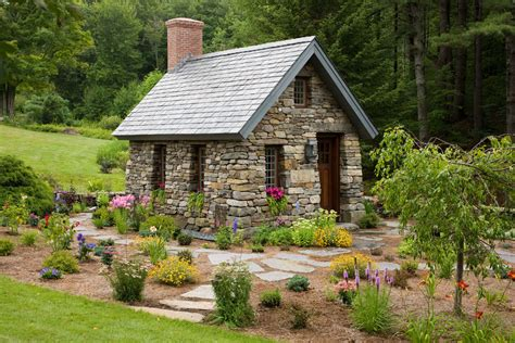 New England Style Home Plans by Small Stone Cottage In New Hampshire