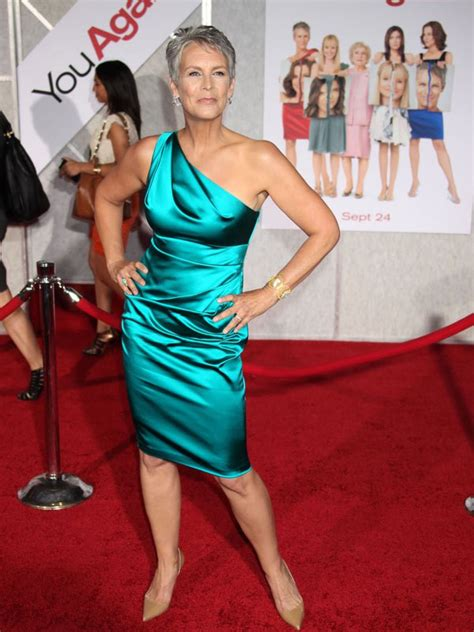 jamie lee curtis lives jamie lee curtis car accident actress raced to the