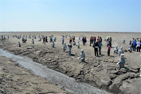 melihat lautan lumpur lapindo  sidoarjo backpacker jakarta