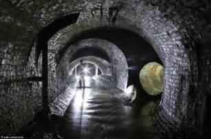 thames river underground london underground photos miles of ornate brickwork
