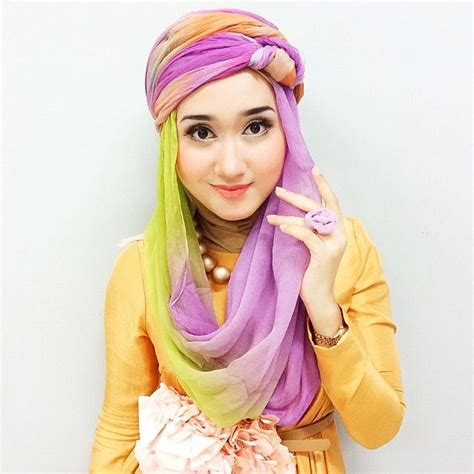 biography dian pelangi 224 best images about style spirituality traditional hijab