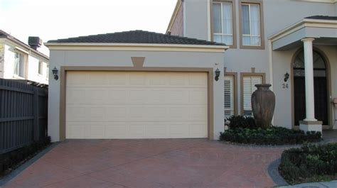 puertas cochera automaticas puertas de garaje modernas y funcionales para la casa