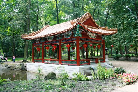 chinese house file pl warsaw łazienki chinese house in chinese garden