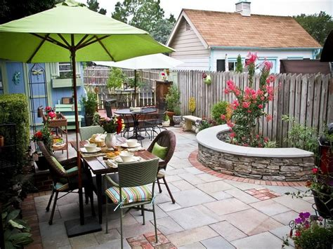 cute backyards small patio ideas for every home gardening flowers 101