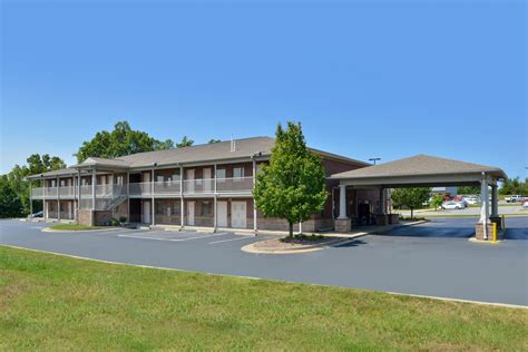 americas best value inn and suites 1310 bass pro dr st charles mo 63301 exit 229b americas best value inn suites bryant ar see discounts