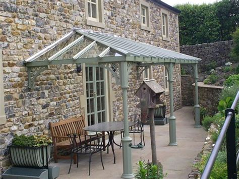 fff color a beautiful v8 columned verandah with lattice quarter
