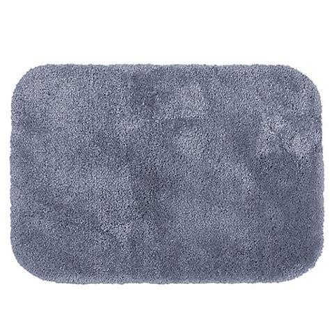 Wamsutta Duet Bath Rug Buy Wamsutta 174 Duet 20 Inch X 34 Inch Bath Rug In Slate From Bed Bath Beyond