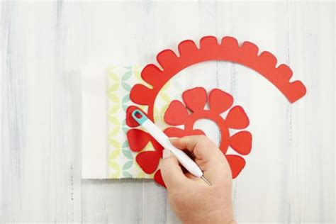 rolled paper flower pattern rolled paper rose tutorial fun realistic jenuinemom com