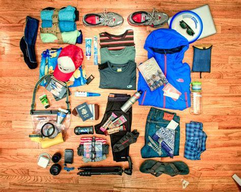 Wa2917w Sabut Sikat Dengan Pegangan Serbaguna perlengkapan yang wajib di bawa saat backpacker alidesta