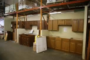 habitat for humanity restore kitchen cabinets cheap discount kitchen bathroom cabinets countertops