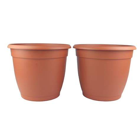 Margo Garden Products 14 1 4 In Round Terra Cotta Terra Cotta Planter