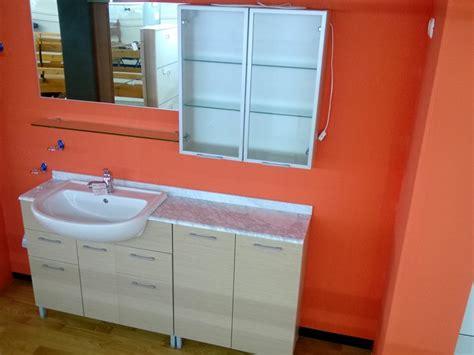 stock arredo bagno bagno moderno stock