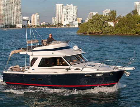 cutwater boats monroe tested cutwater c30 command bridge quimby s cruising guide