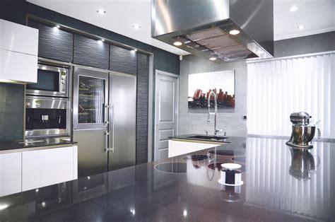 cuisine et d駱endance lyon cuisine il 244 t cuisson repas 233 vier m favre perene lyon