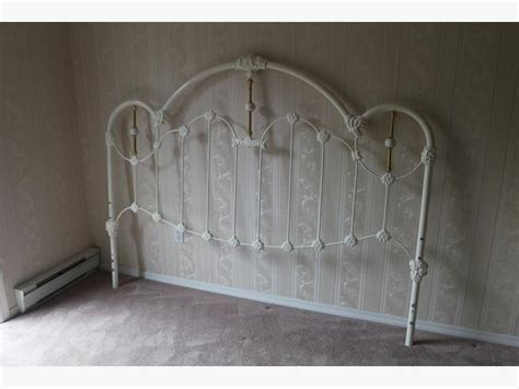 White Metal Bed Headboard by White Metal Headboard For King Bed Ornate Parksville Nanaimo