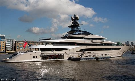 yacht kismet superyacht owned by billionaire fulham fc chairman makes